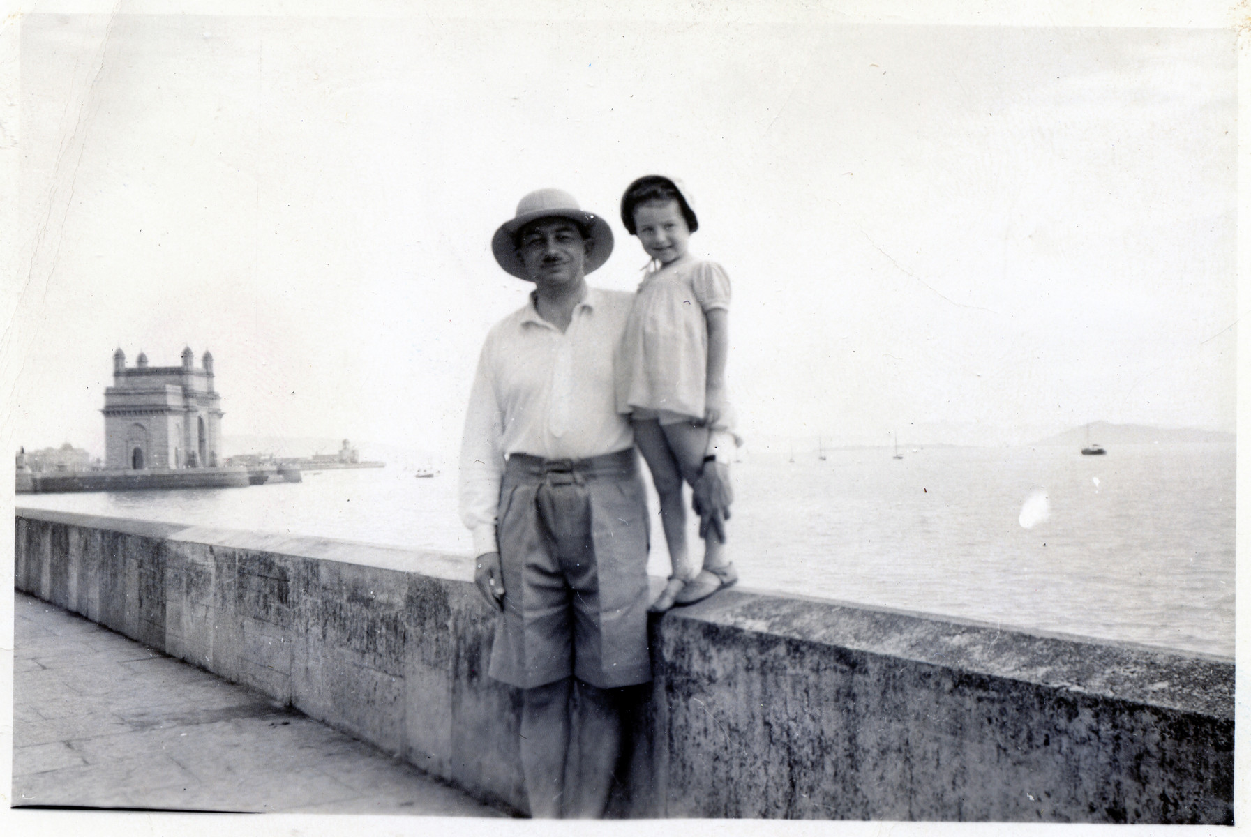 Jerzy and Joasia Klein pose in Bombay, India.