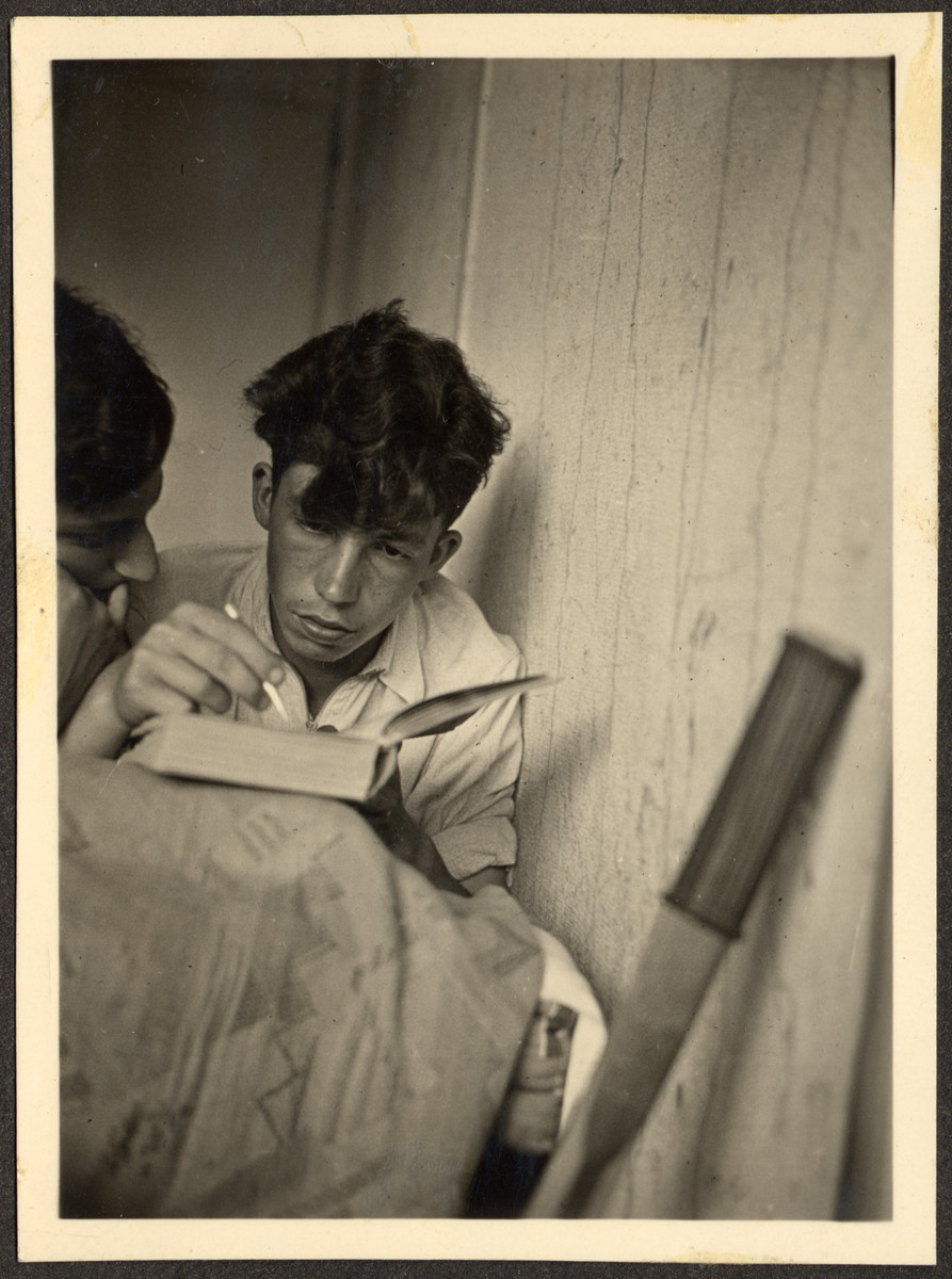 Two teenagers, probably German Jewish refugees, study in their room at a Quaker boarding school in Eerde.