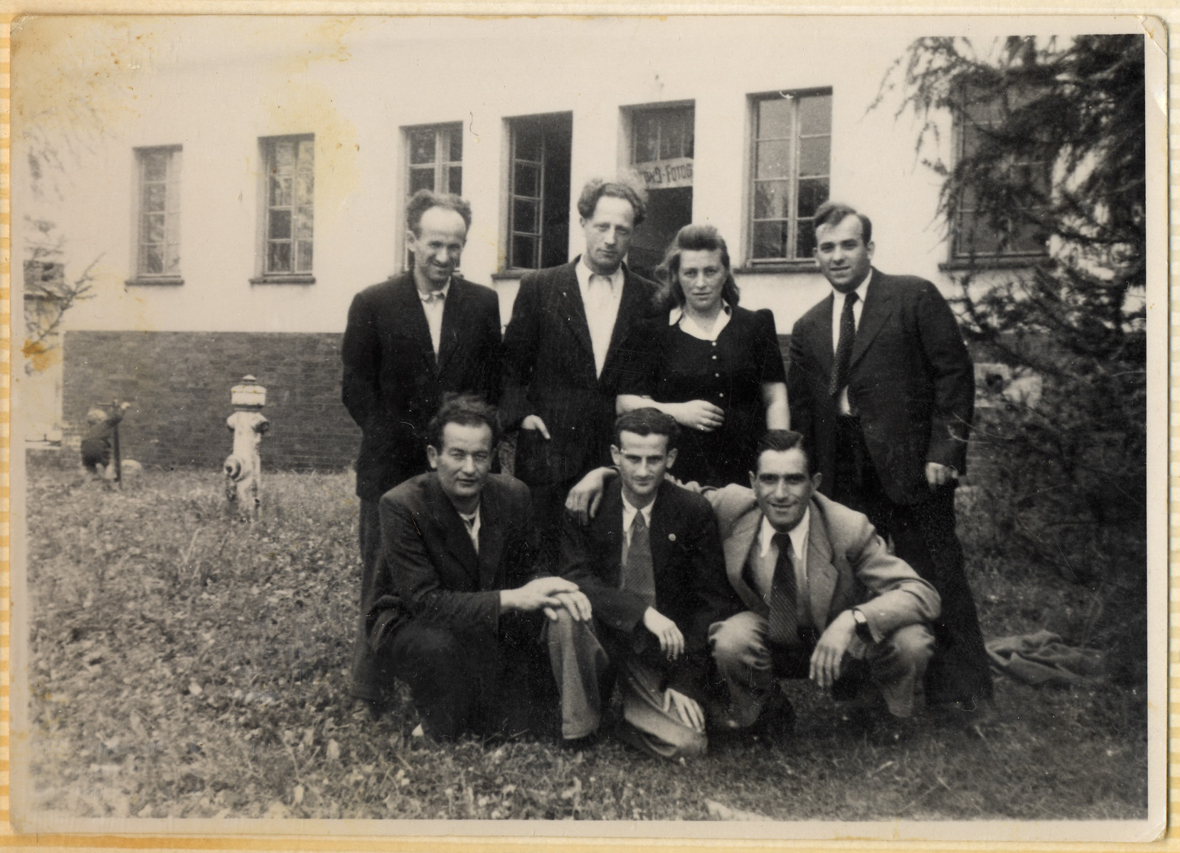 A group of Jewish DPs pose together in the Hofgeismar displaced persons camp.  Emil Kohl is pictured at the bottom left.