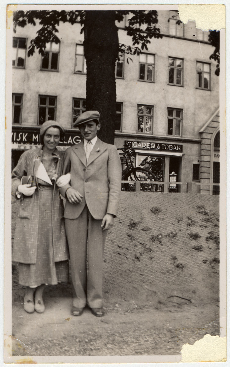 Anker and Devorah Jonas pose on a street in Copenhagen.