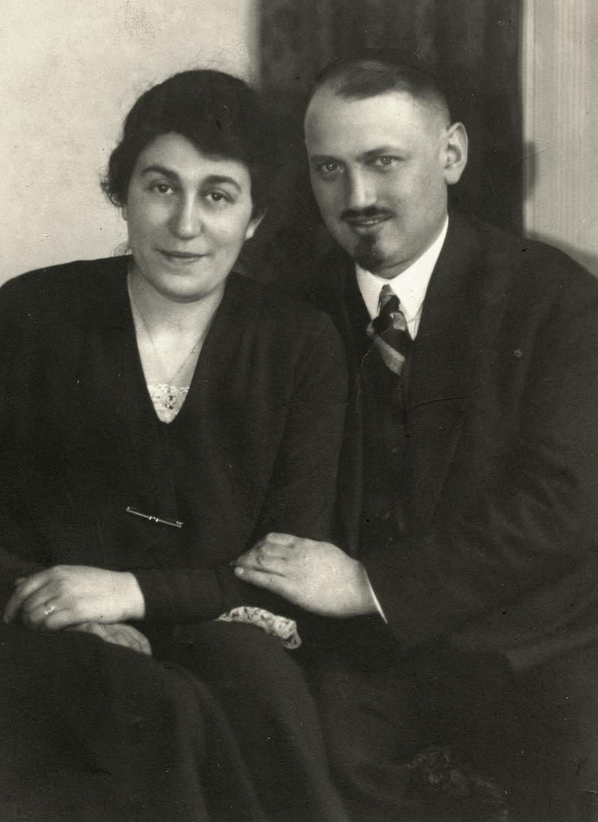 Studio portrait of Mordechai Marcus Emanuel and Chana Martha Goldschmidt Emanuel.