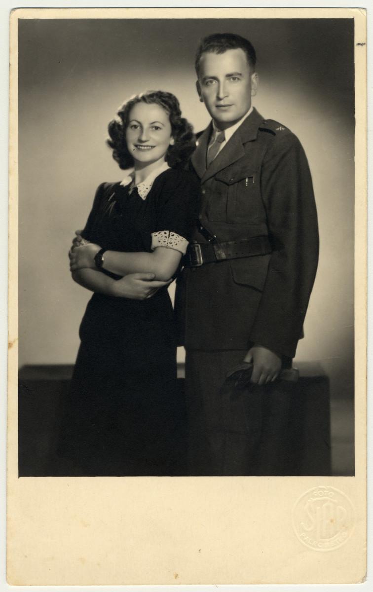 Wedding portrait of Magda Ernie and Thomas Hora.