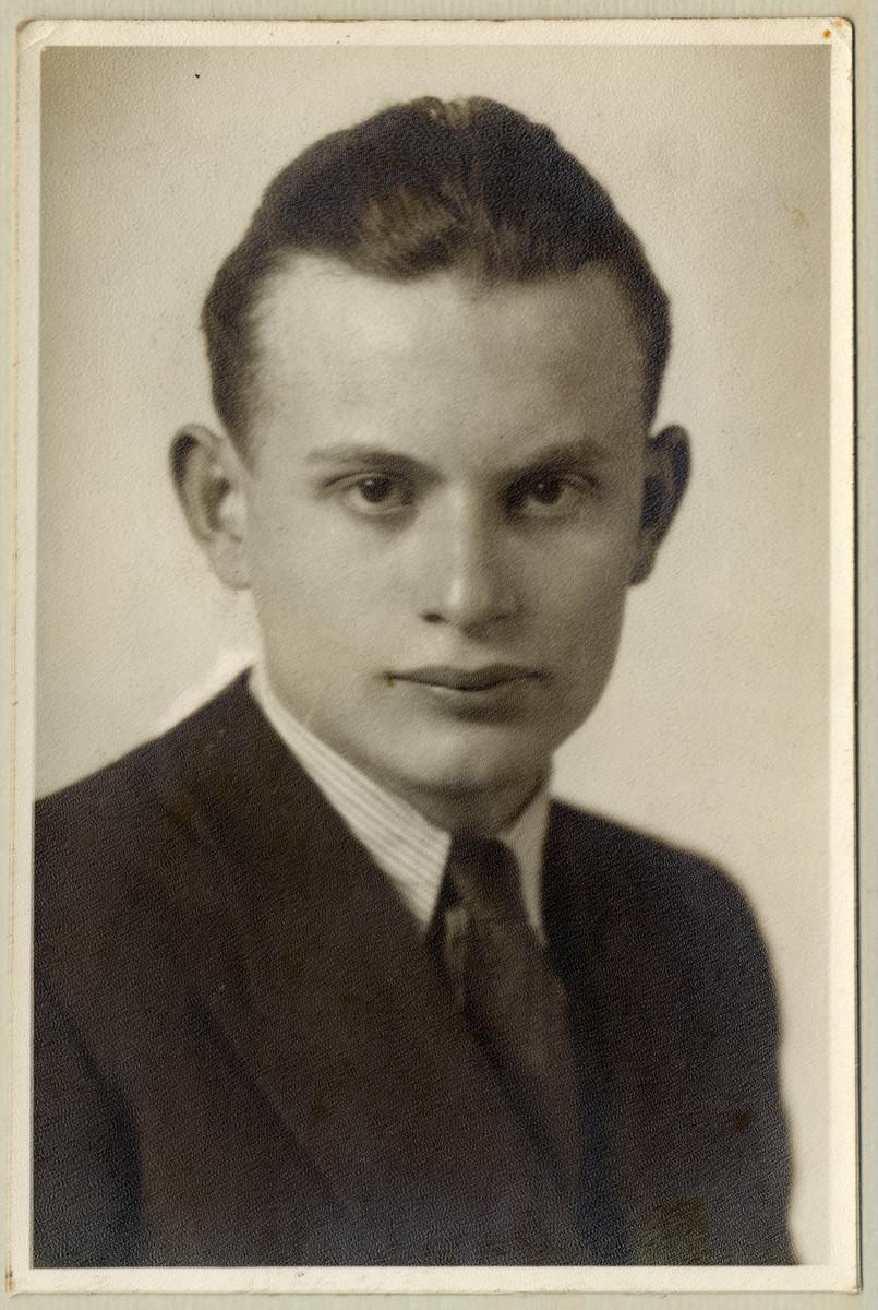 Studio portrait of Jozsef Kuttner.