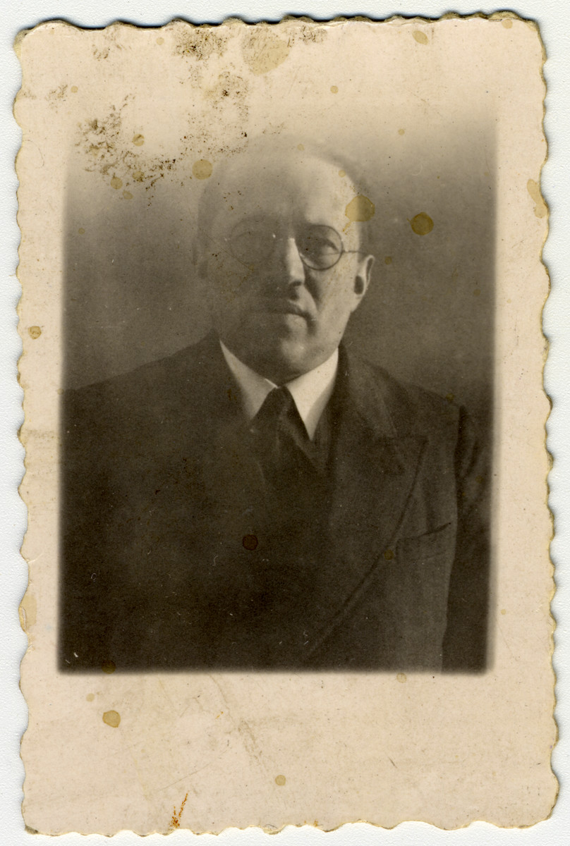 Portrait Joseph Mordko Halter, the donor's father.