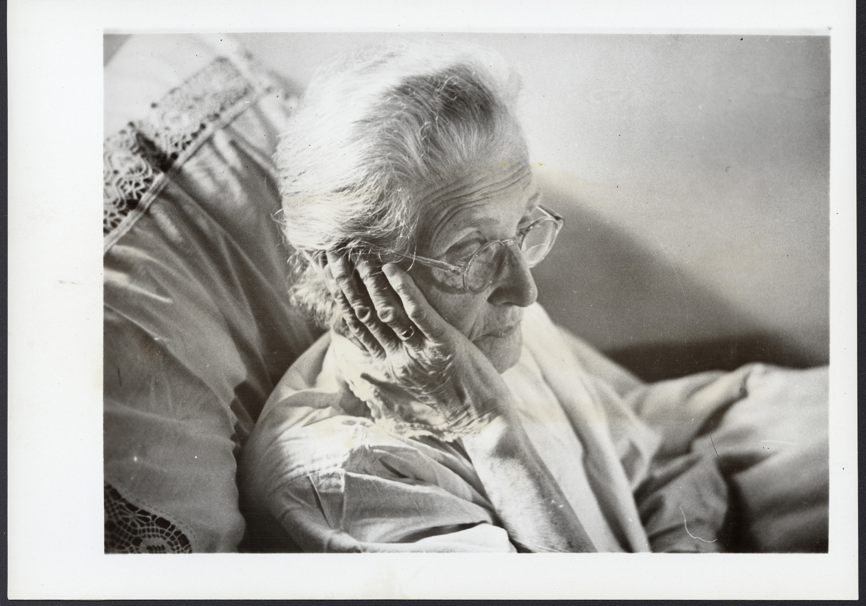 Close-up portrait of an elderly Jewish survivor in France [perhaps taken in an OSE home].