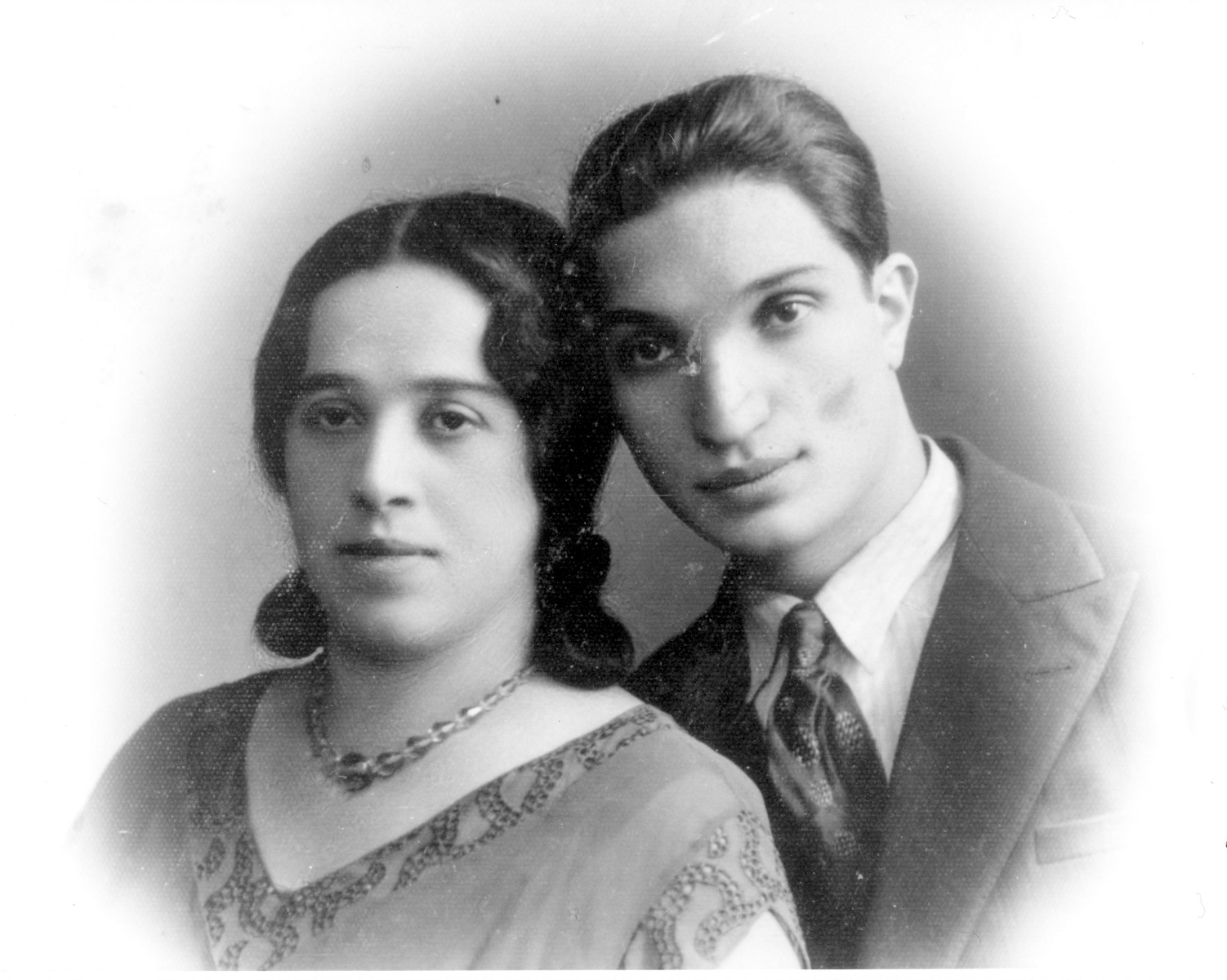 Studio portrait of of Rabbi Chaim Taumtschen and his wife Chiaeh Gutah Leah Rosenbaum Taumtschen, both of whom were killed in the Holocaust.