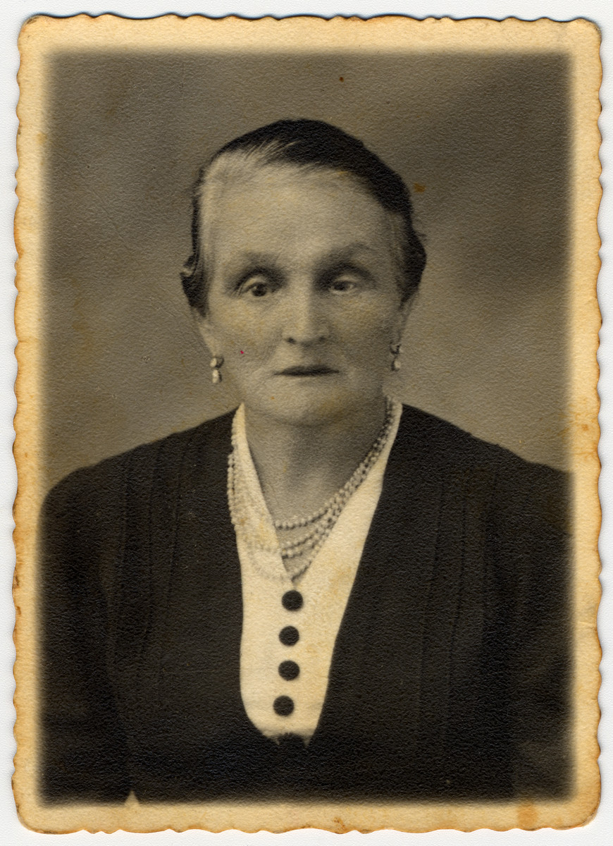 Studio portrait of Chawa Weissbart Kamerman, the maternal grandmother of the donor.  She and her husband, David Kamerman, were executed by the Nazis in 1941 in Boryslaw. The donor's mother, Henia Kamerman-Hertzberg (b. Sambor, November 3, 1902) was the only known survivor of her family.