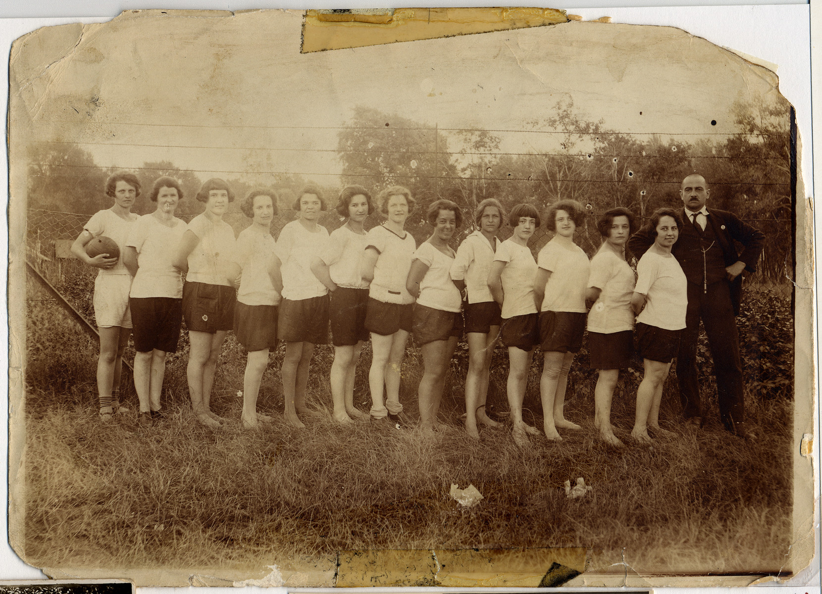 Group portrait of a women's sports club in Vienna.  Among those pictured is Hilda Wiener (fourth from the left).