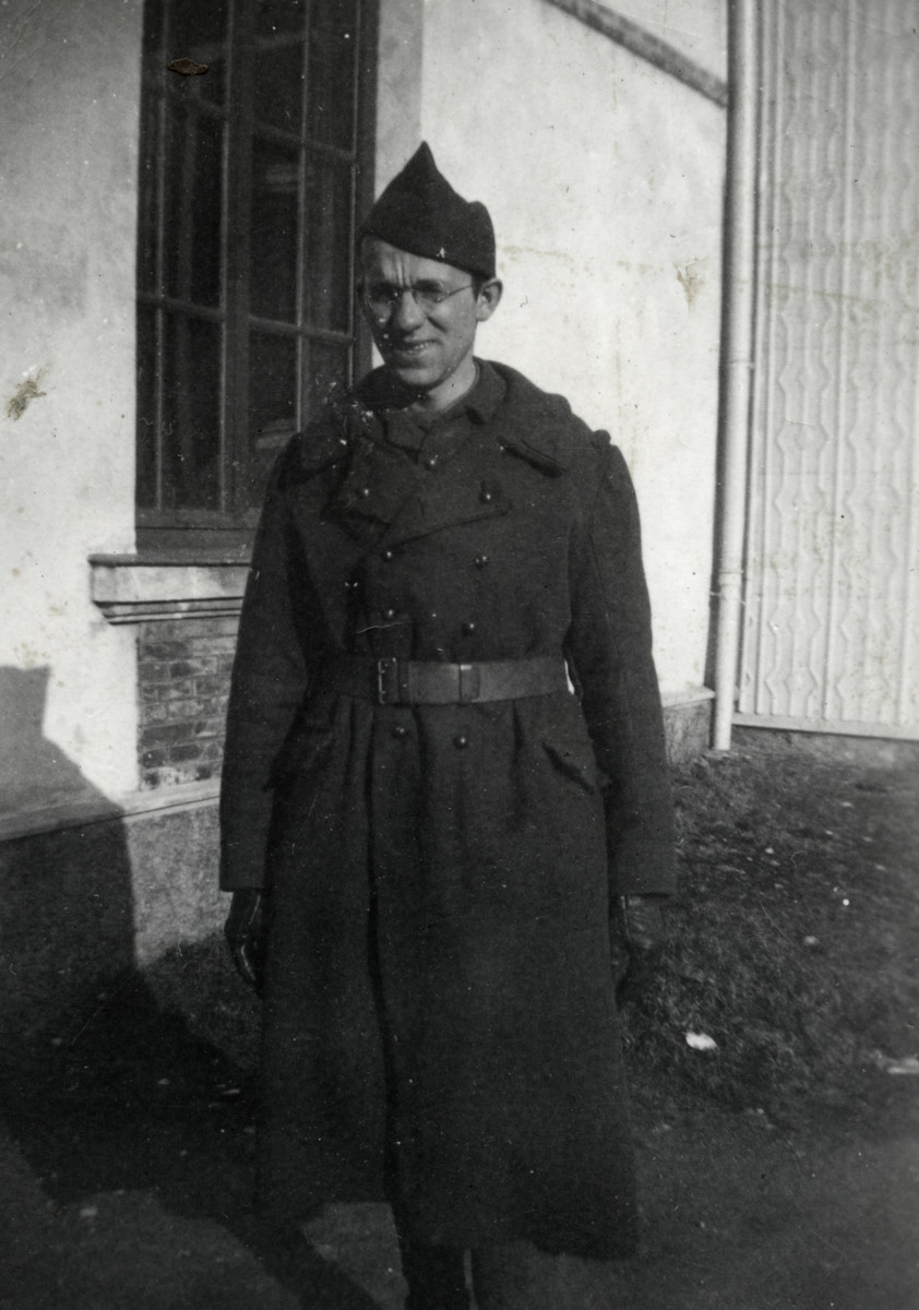Leo Cohn (father of the donor) poses outside a house in his Foreign Legion uniform.