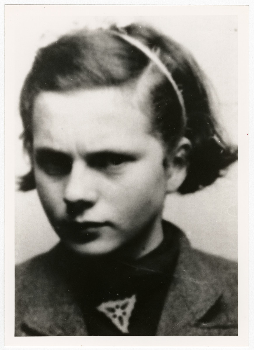 Photograph attached to a false identification paper issed to Maria Oracz (really Jola Schulsinger) when she was living as an Aryan in Warsaw.