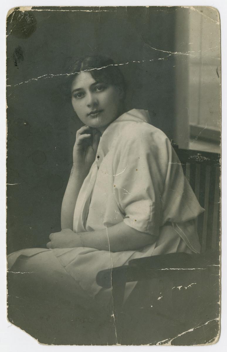 Portrait of Anna (Tendler) Wolfowicz.