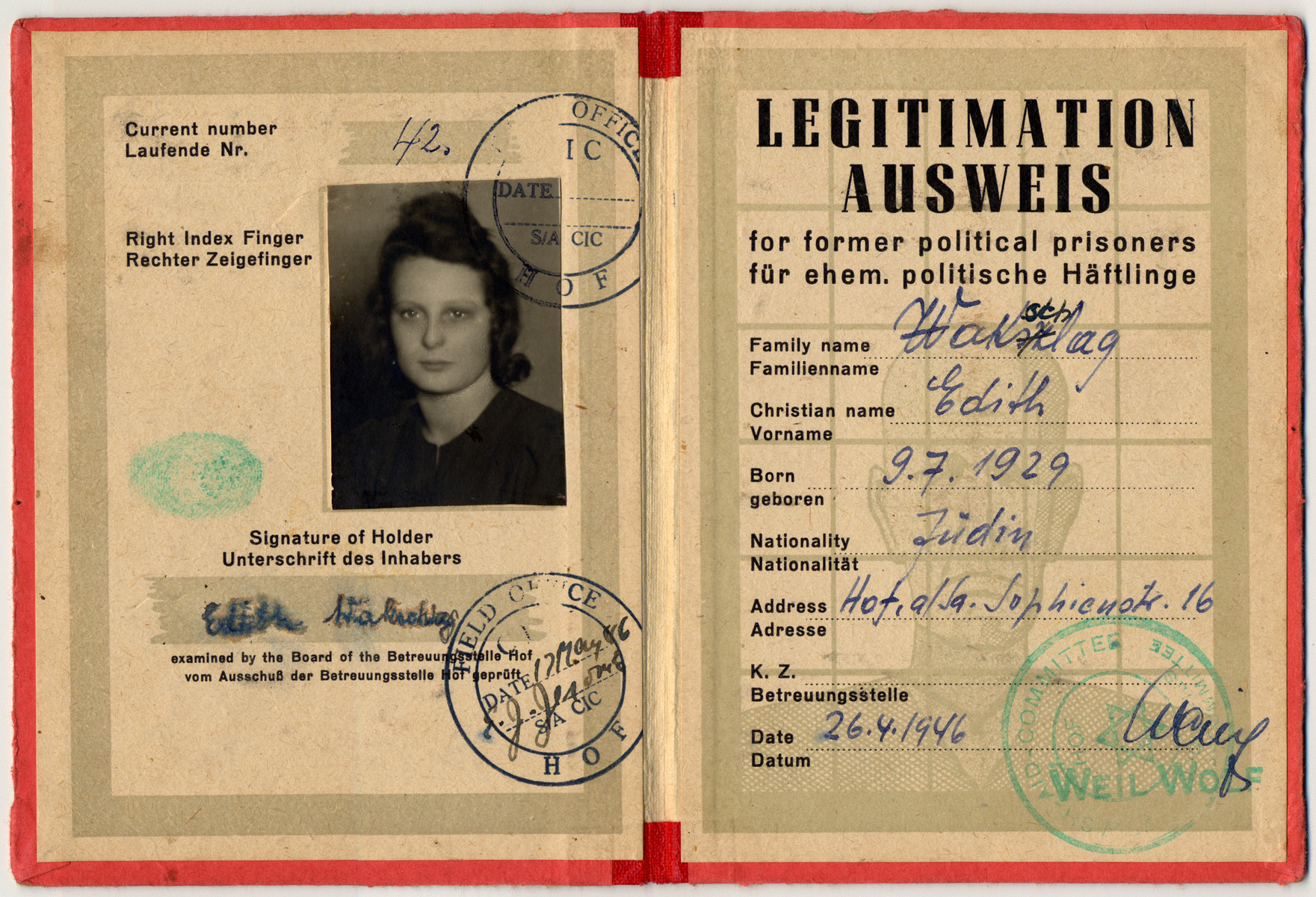 Identification card for political prisoners issued to Estera Wakschlag.