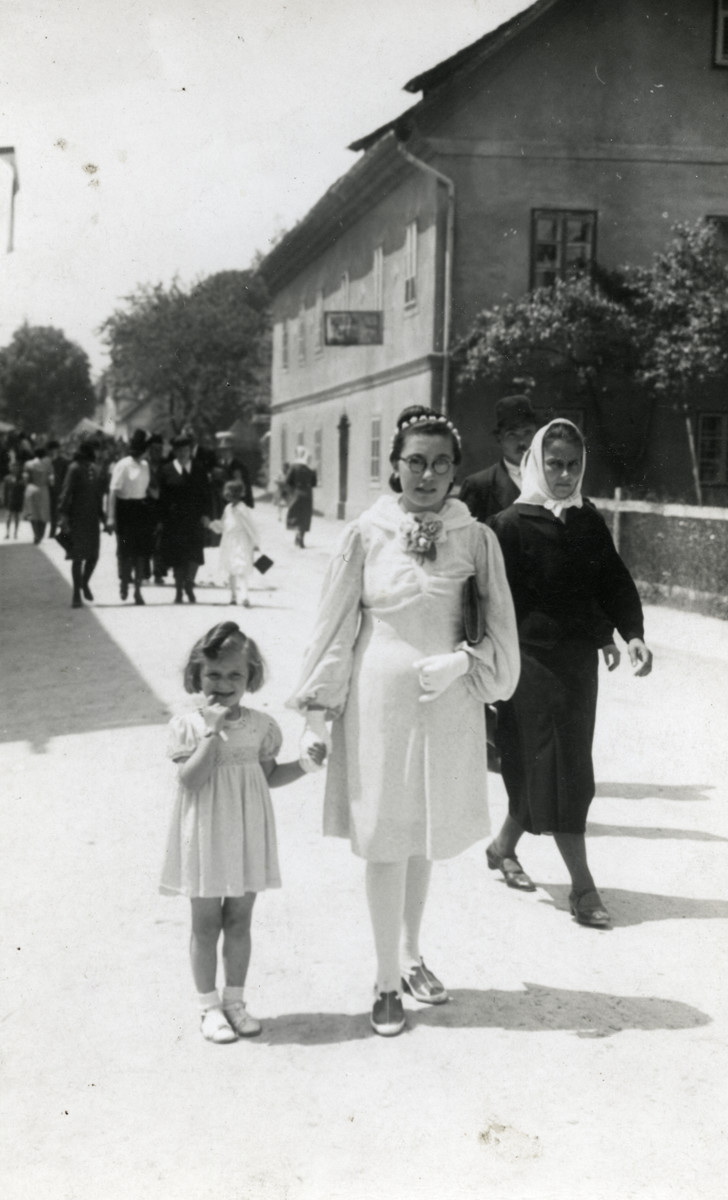 Miriam Steiner accompanies the family's maid to church so people would think that the family had converted.