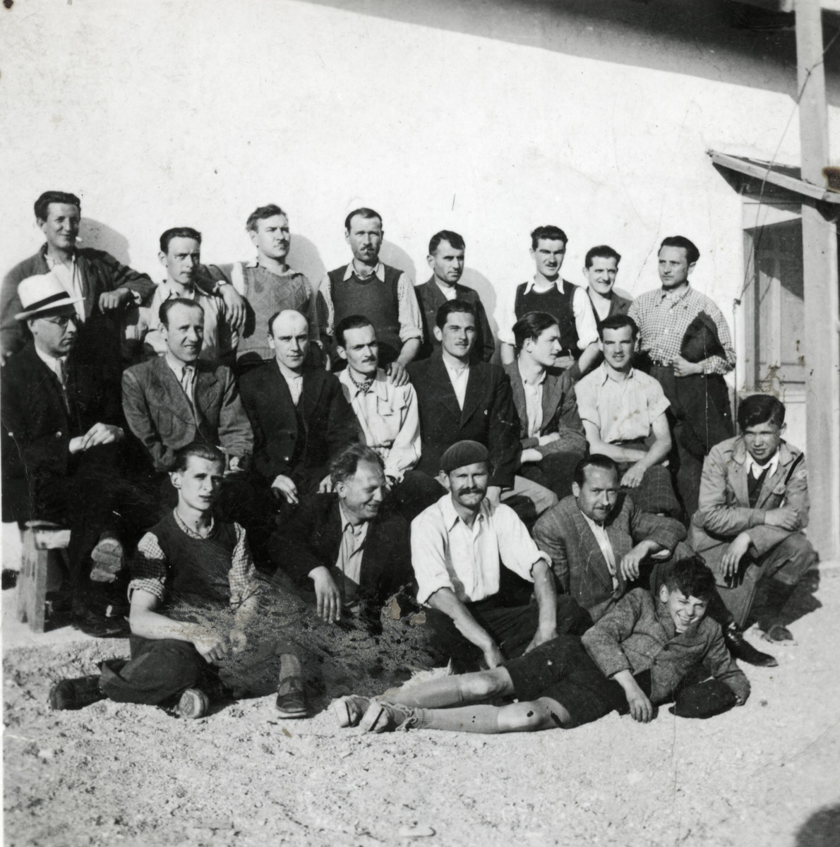 Group portrait of Yugoslav Jewish prisoners in the Ferramonti concentration camp.