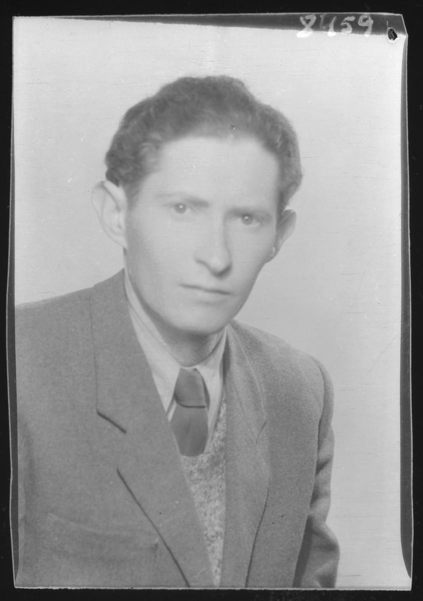 Studio portrait of Jozsef Hirsch.