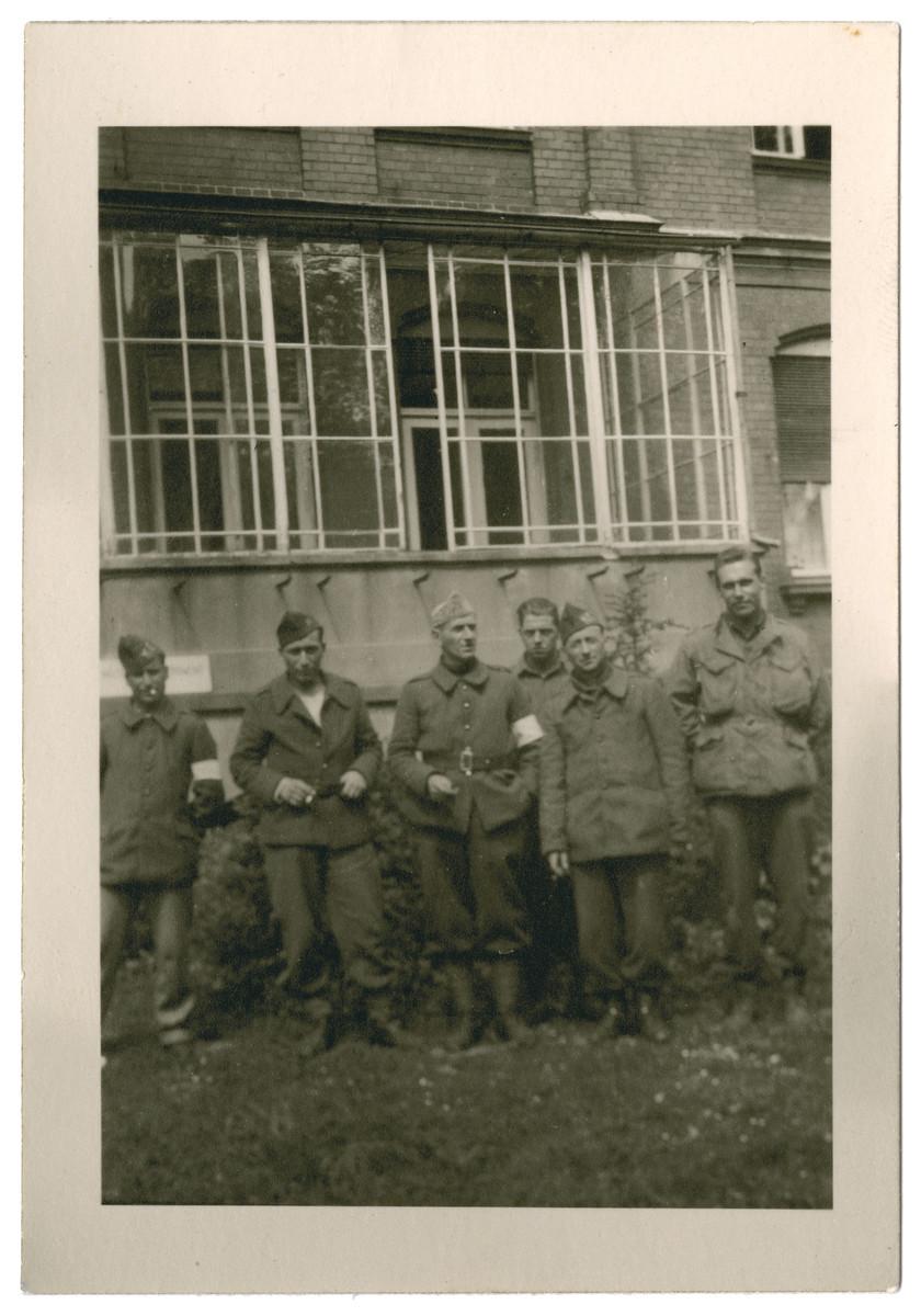 Group portrait of Belgian POWs.