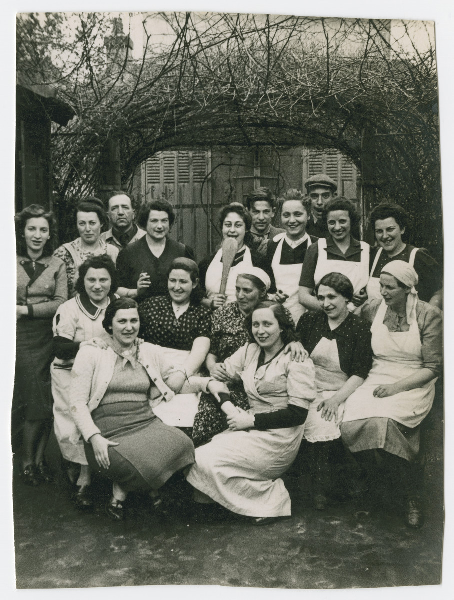Group portrait of French Jewish women possibly outside an ORT vocational school.