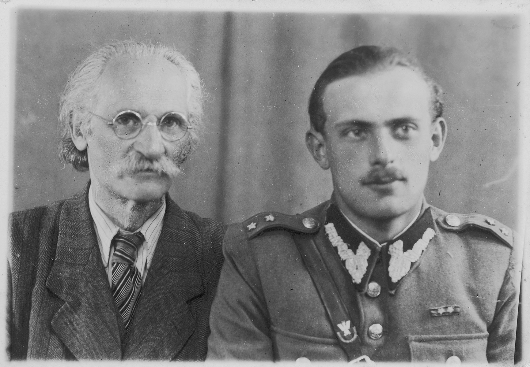 Studio portrait Perec Willenberg and his son Shmuel, a survivor of the Treblinka uprising and officer in the Polish army.