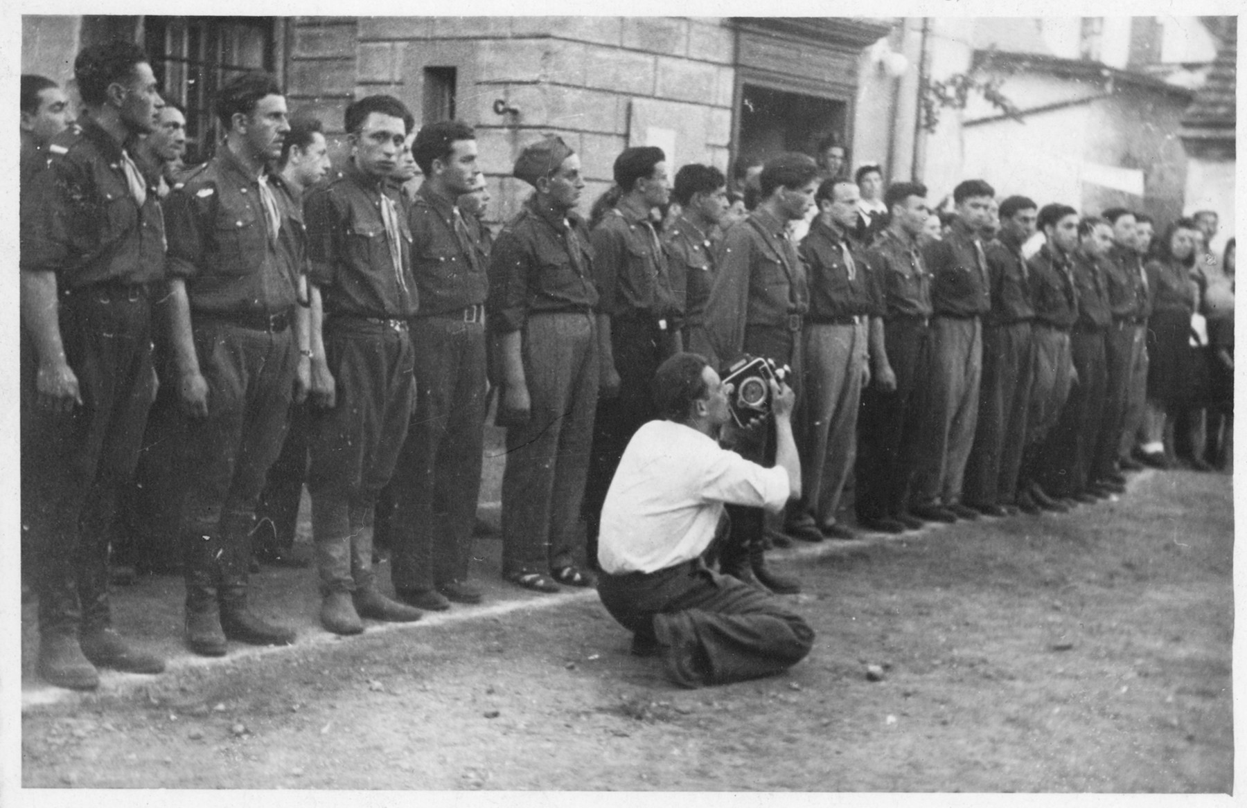 Shmuel Willenberg shoots footage of members of the Zionist group Ichud in postwar Poland.