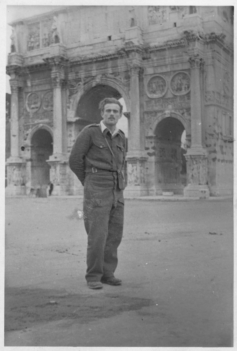 Shmuel Willenberg stands in front of the Arch of Titus after leading a Bricha group to Italy.