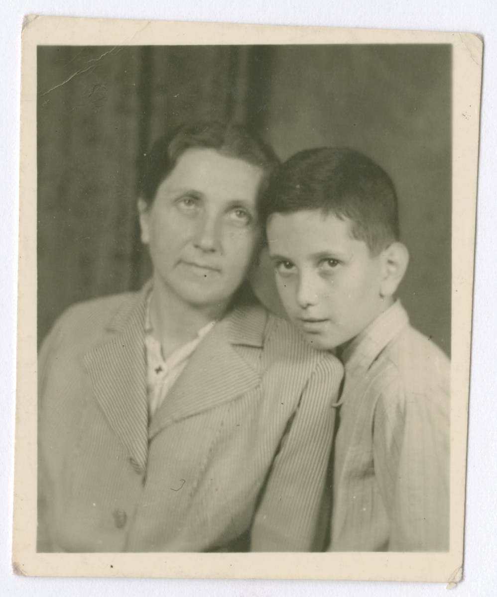 Studio portrait of Pauline Zellner Rothblum and her son Stanislaw, a Polish Jewish mother and son who were smuggled from Poland into Slovakia and then Hungary through the Kalb rescue network.