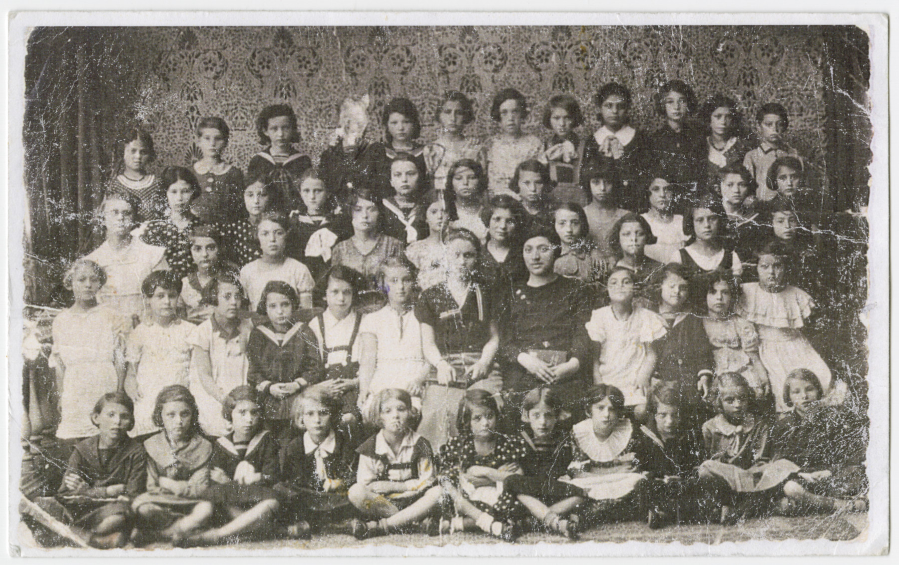 Group portrait of young school children in Simleu-Silvaniei.  Among those pictured is Elly Berkovits.