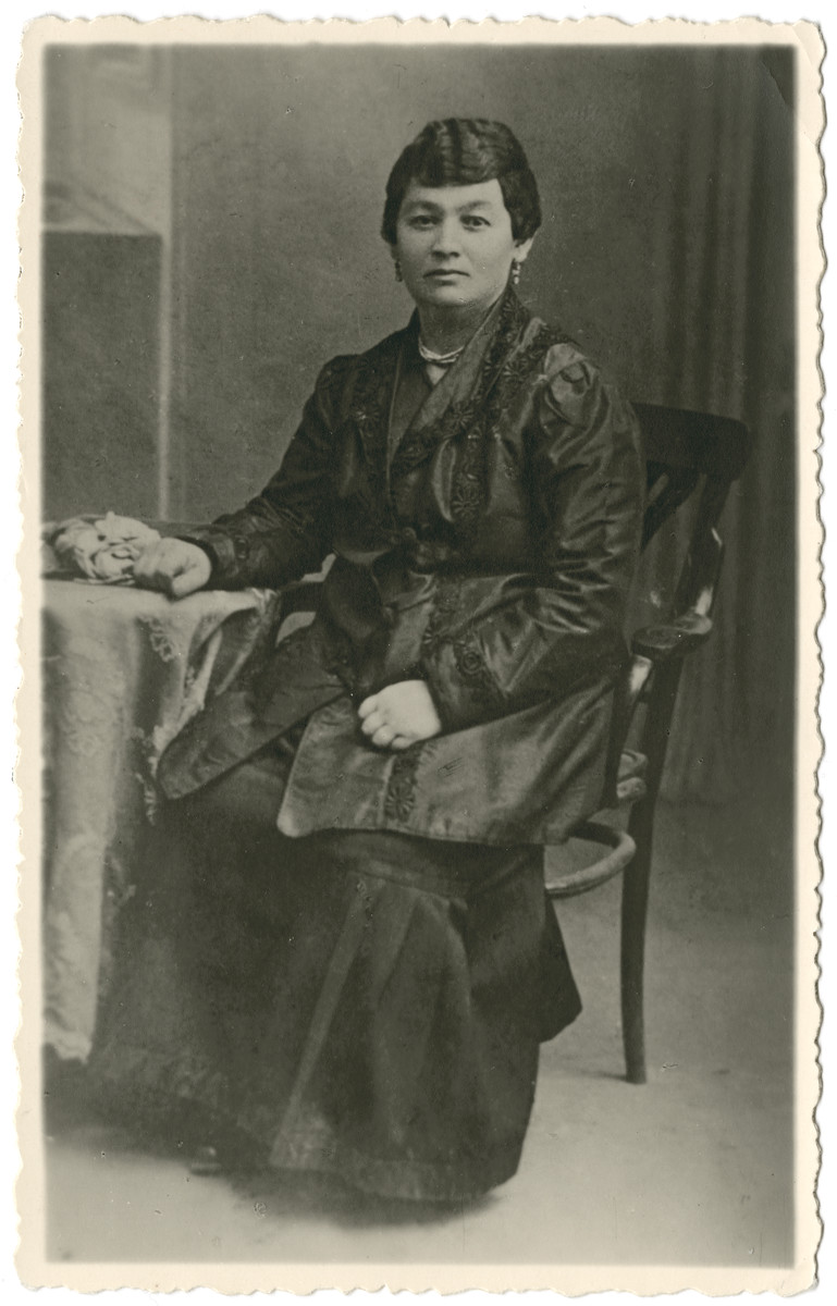 Studio portrait of the paternal grandmother of the donor, Malka Rivke Teitelbaum.    She later was deported from Malines to Auschwitz where she perished.