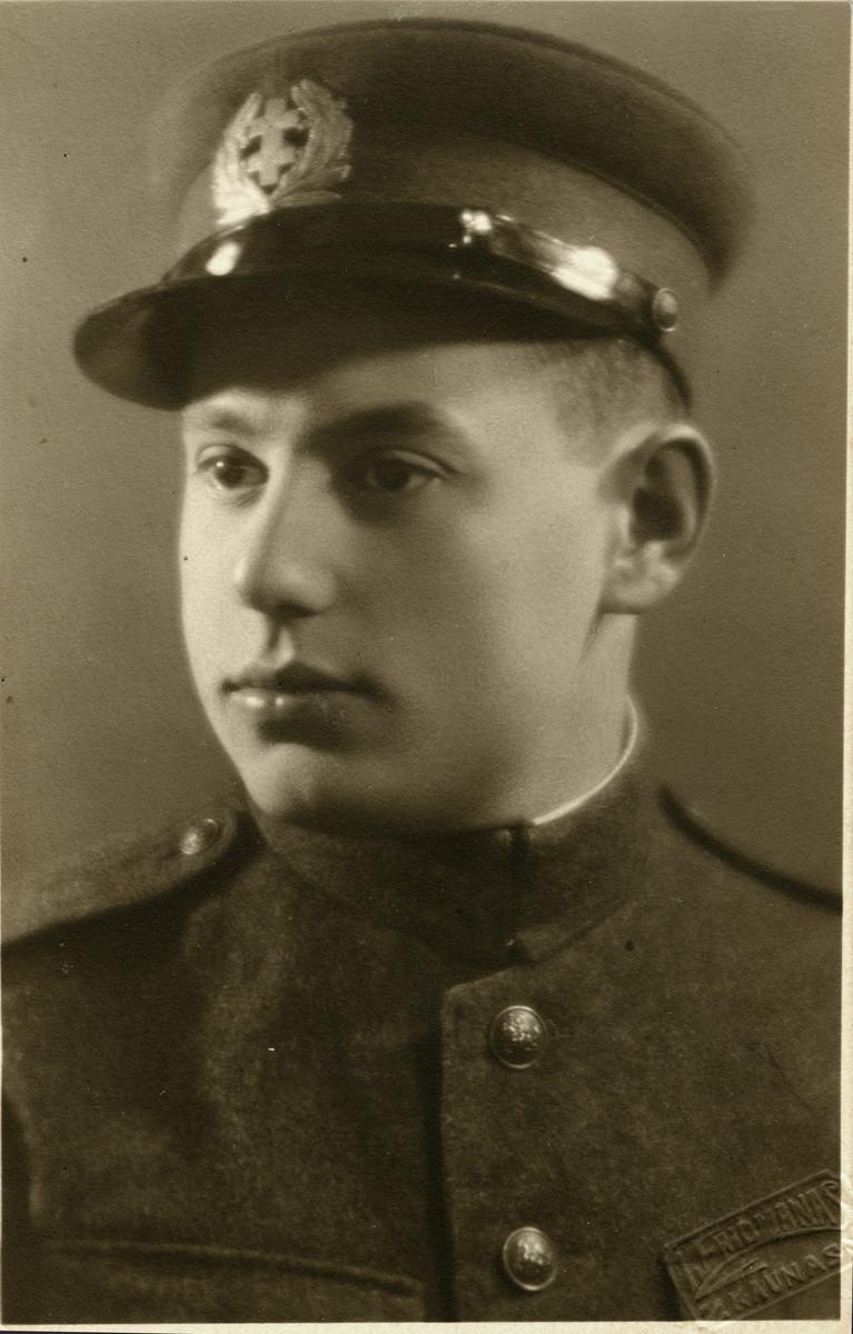 Studio portrait of Zechariya Katz from 1932 when he was in the Lithuanian Army.   He later perished in Dachau.