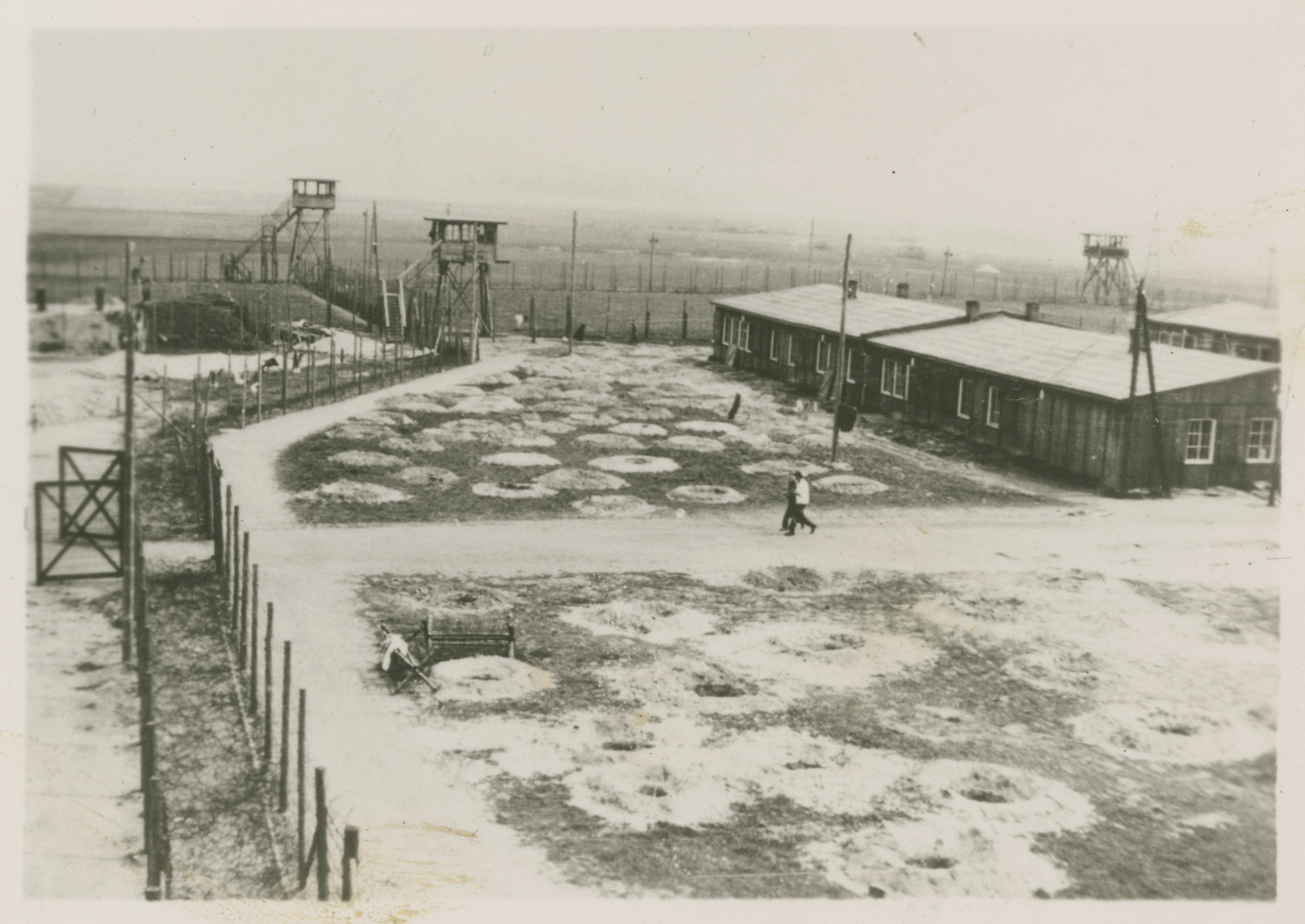 Exterior photograph of the Stalag Luft 1 fence line.