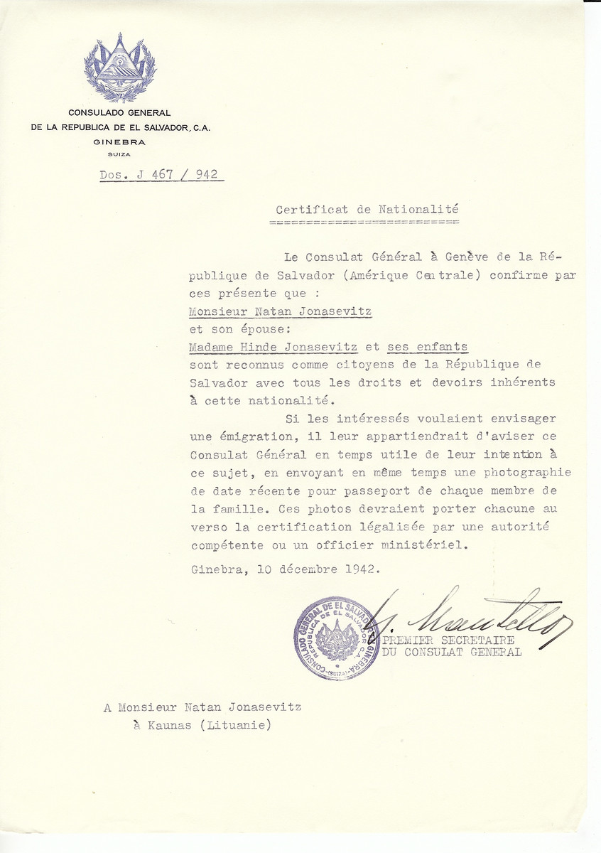 Unauthorized Salvadoran citizenship certificate made out to Natan Jonasevitz, his wife Hinde Jonasevitz and children by George Mandel-Mantello, First Secretary of the Salvadoran Consulate in Geneva and sent to them in Kaunas.