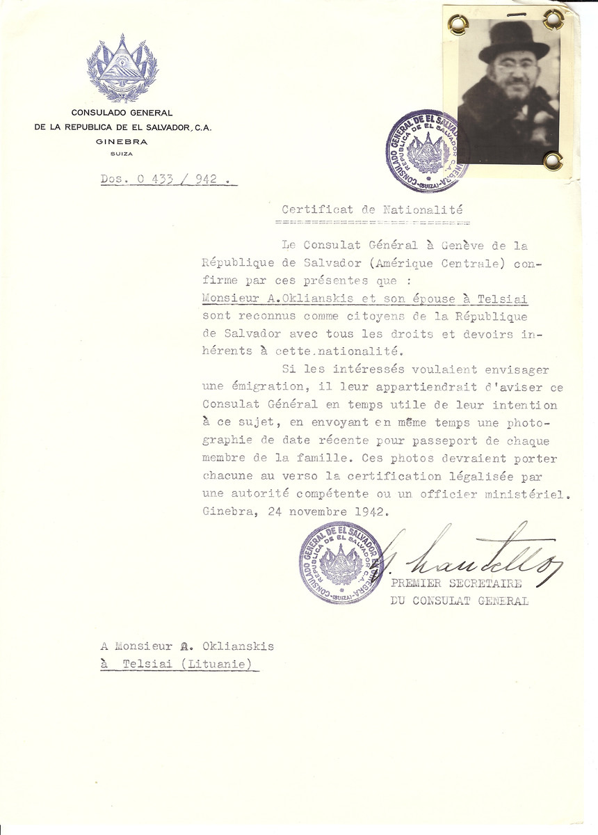 Unauthorized Salvadoran citizenship certificate made out to A. Oklianskis and his wife by George Mandel-Mantello, First Secretary of the Salvadoran Consulate in Geneva and sent to them in Telsiai.