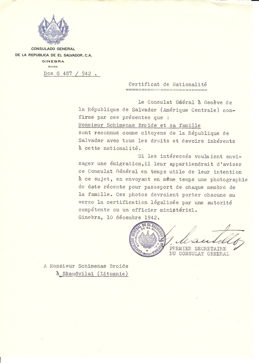Unauthorized Salvadoran citizenship certificate made out to Schimenas Broide and his family by George Mandel-Mantello, First Secretary of the Salvadoran Consulate in Geneva and sent to them in Skaudvilai.