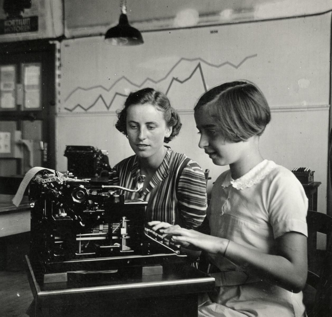 Margalit Lujten learns to type.