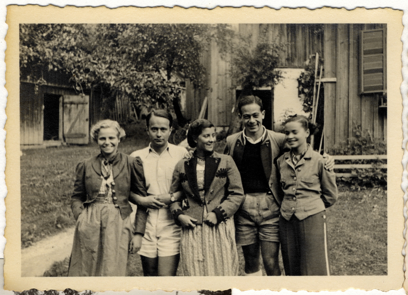 A group of Austrian-Jewish teenagers vacation in Grundslee during the summer of 1937.  Pictured on the far left is Hedi Politzer.