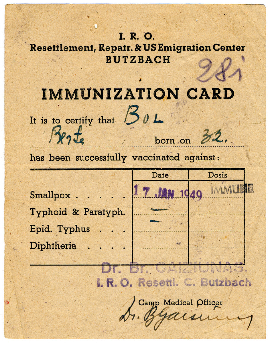 Immunization certificate issued to Berta Bol prior to her immigration to the United States.