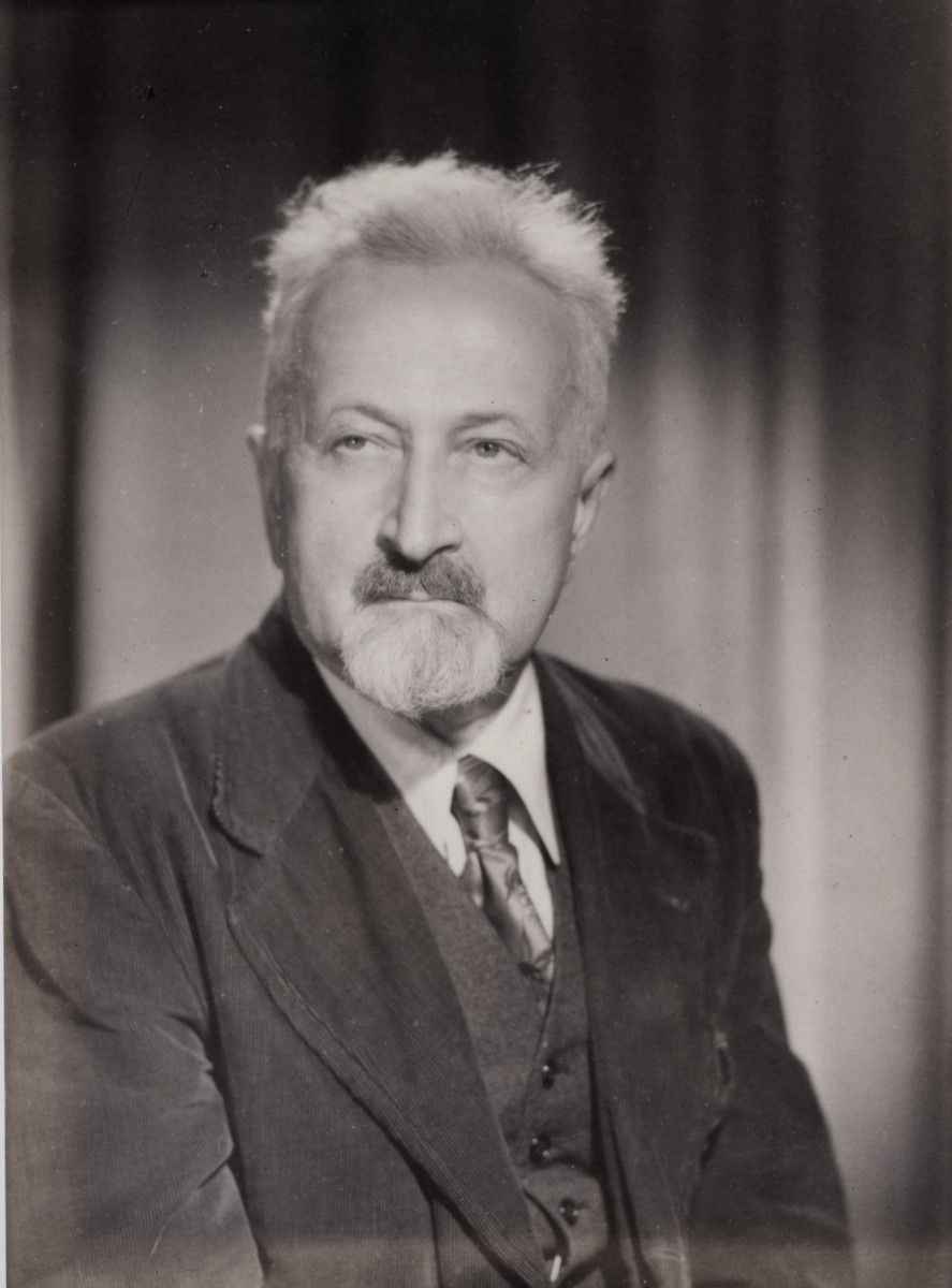 Jechiel Jeszaja Trunk, Yiddish novelist and essayist and president of the Yiddish P.E.N. Club in Warsaw.   J.J. Trunk (1887-1961) was born in Warsaw.  There he became famous as an author and Bund activist.  After the start of World War II, Trunk fled Warsaw and came to Lithuania.  He was among those labor activists and intellectuals whose names were submitted by the AFL and the Jewish Labor Committee to receive visas to the United States.  There he received a transit visa to Japan from Sugihara.  After crossing the Soviet Union he came from Japan and then sailed to the United States in 1941.