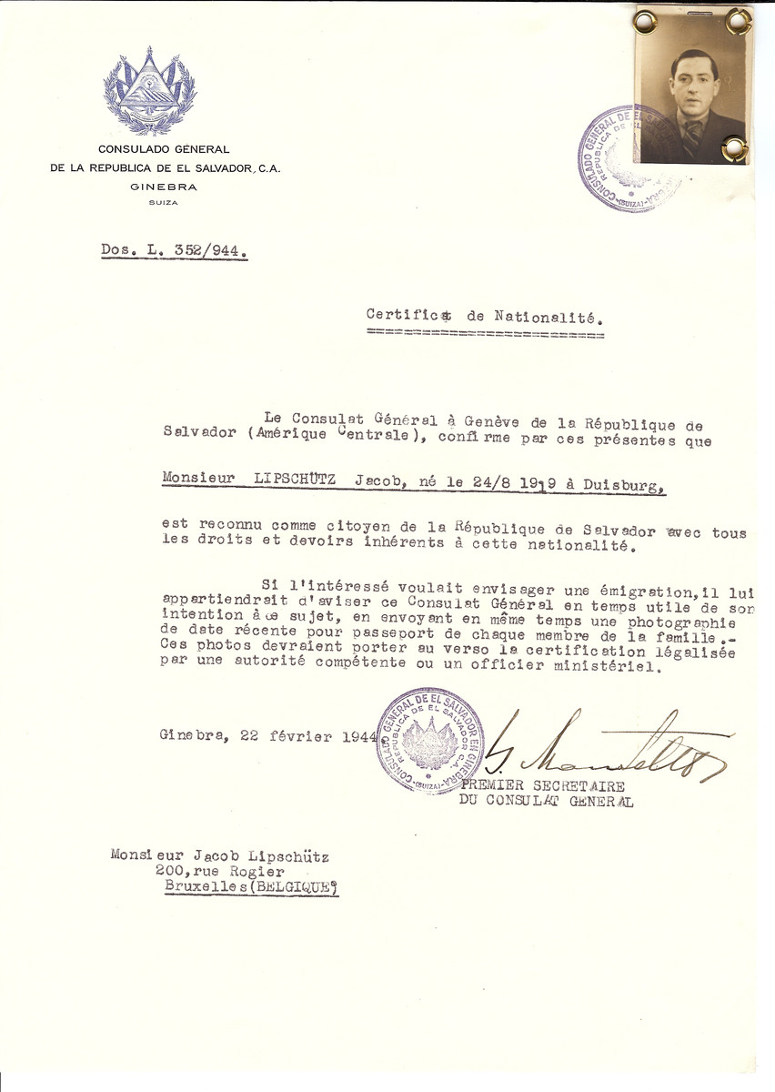 Unauthorized Salvadoran citizenship certificate issued to Jacob Lipschutz (b. August 24, 1919 in Duisburg) by George Mandel-Mantello, First Secretary of the Salvadoran Consulate in Switzerland and sent to his residence in Brussels.