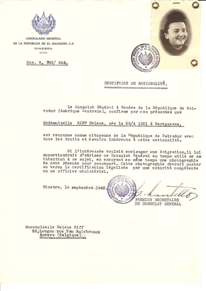 Unauthorized Salvadoran citizenship certificate issued to Helene Riff (b. April 25, 1921 in Beregszasz) by George Mandel-Mantello, First Secretary of the Salvadoran Consulate in Switzerland and sent to her residence in Antwerp.