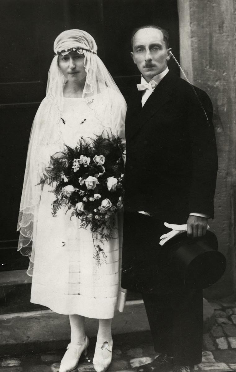 Wedding portrait of Mathilde and Karl Mayer.