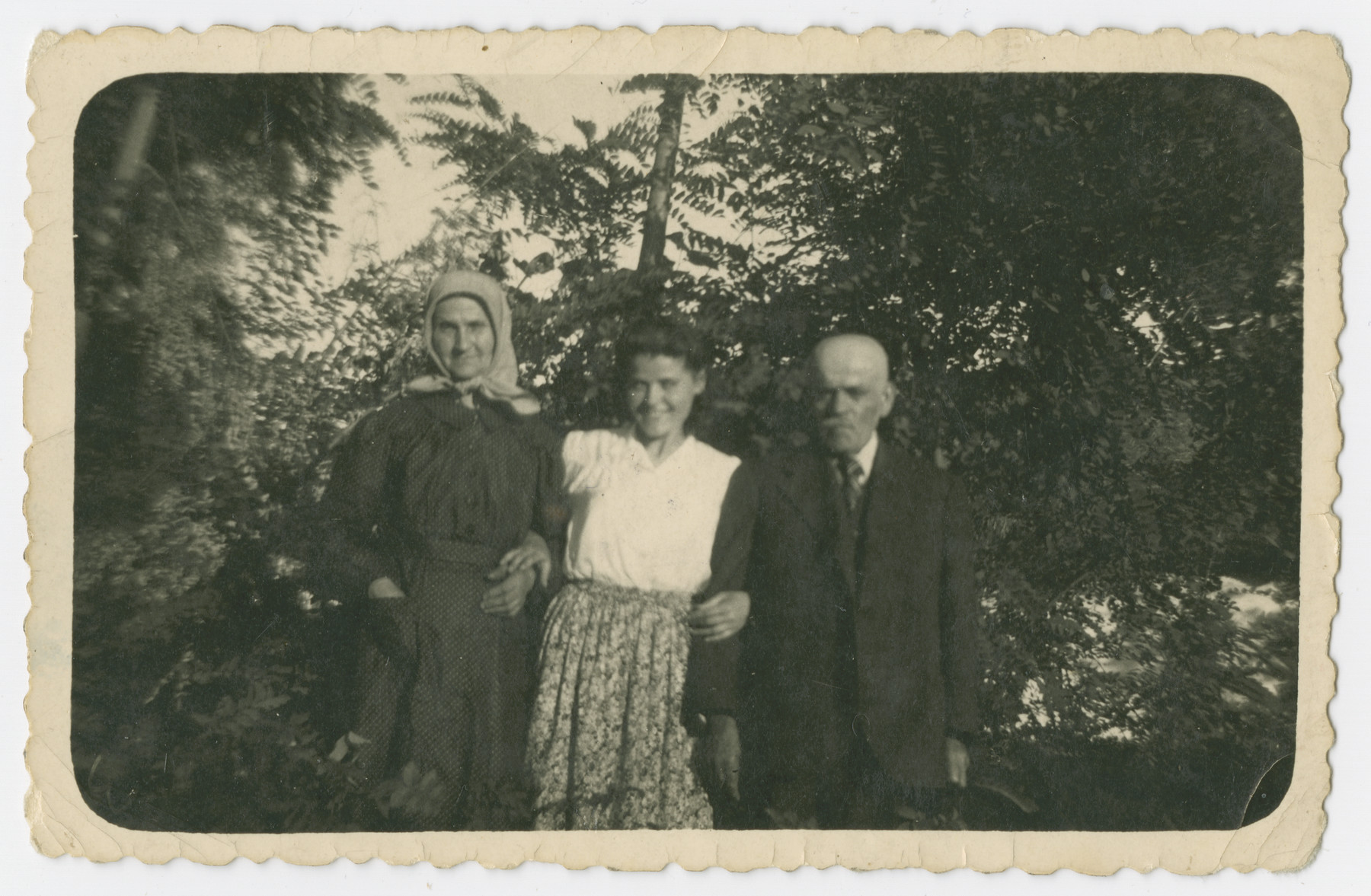 Group portrait of the Klein family.  From left to right are Cecilia, Friderika and Lajos Klein.
