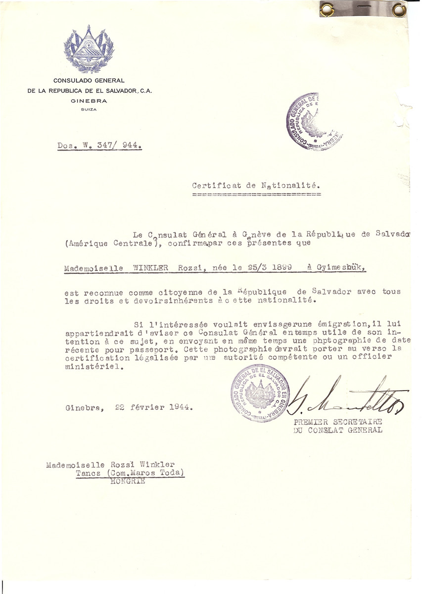 Unauthorized Salvadoran citizenship certificate issued to Rozsi Winkler (b. March 25, 1899 in Gyimesbuek) by George Mandel-Mantello, First Secretary of the Salvadoran Consulate in Geneva and sent to her in Tancs.