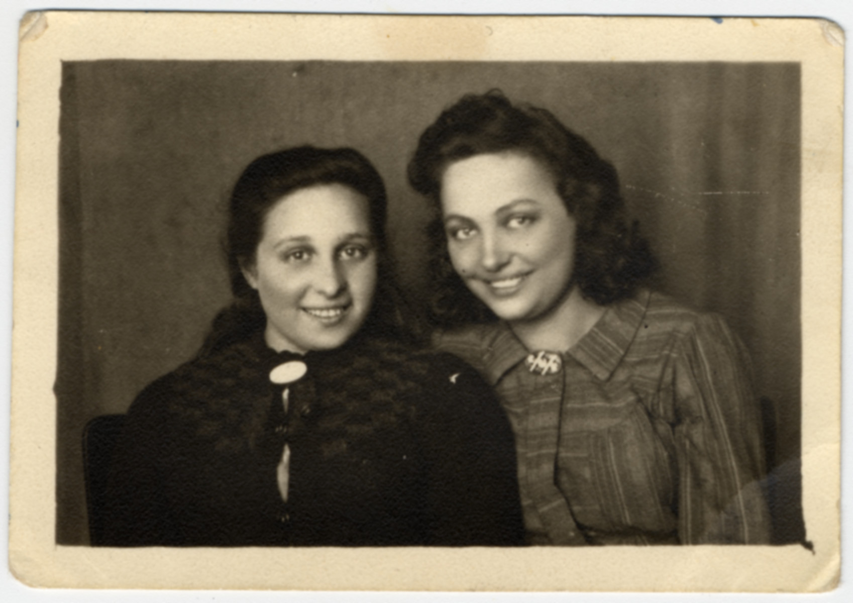 Postwar portrait of two of the few female Bielski partisans who carried weapons.   Pictured are Esther (Essie) Shor (a cousin of the Bielski brothers) and Itka Ass.