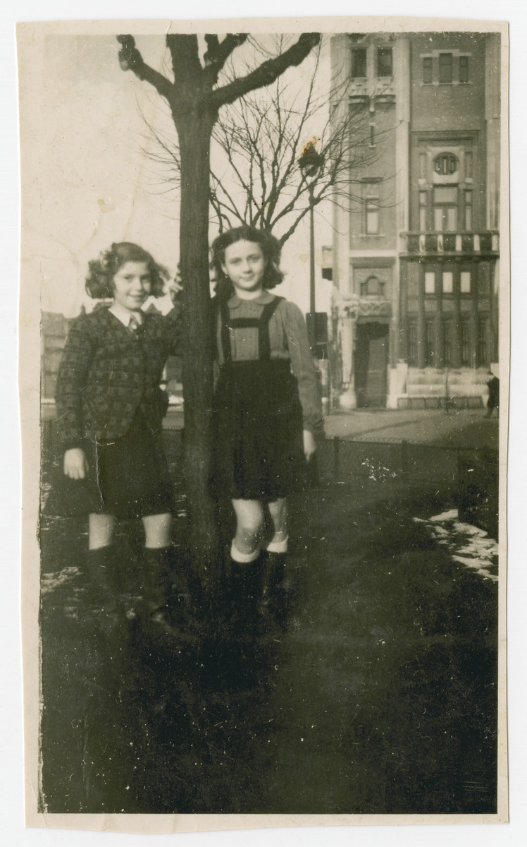 Fanny Fogel poses next to a tree with a friend while in hiding in Lille.