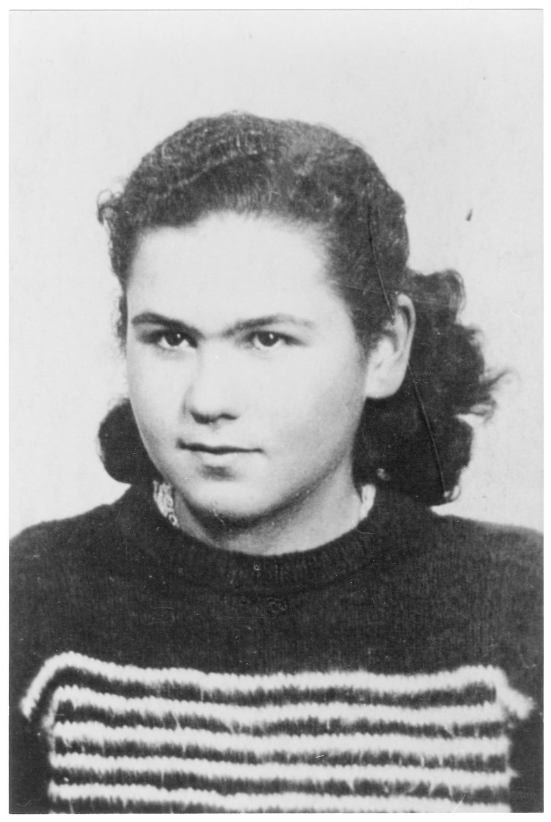 Portrait of Anna Csech (later Klein), a member of the Hungarian Zionist youth resistance organization.