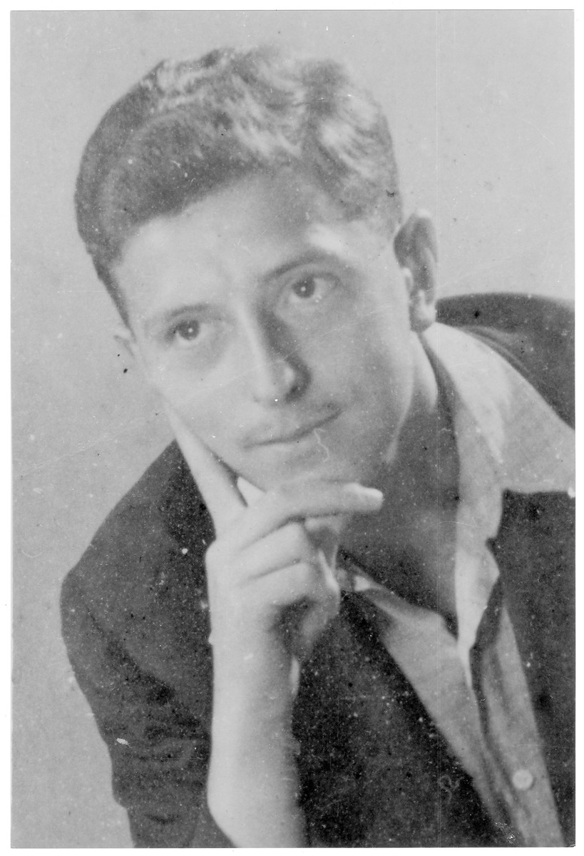 Portrait of Robert Offner , a member of the Hungarian Zionist youth resistance organization.