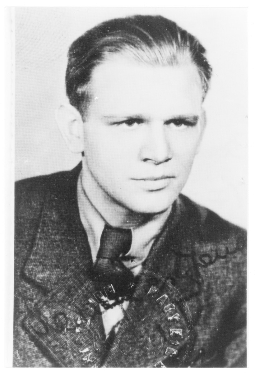 Portrait of Richard Friedl (later Rafi Benshalom), a member of the Hungarian Zionist youth resistance organization.