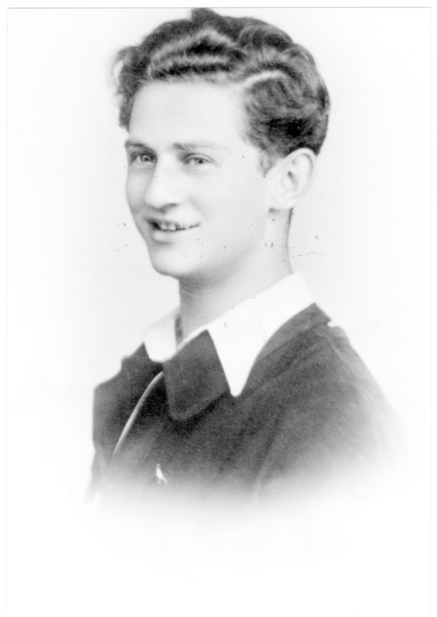 Portrait of Emil Jakubovics (later Dr. Menahem Yakovi), a member of the Hungarian Zionist youth resistance organization.