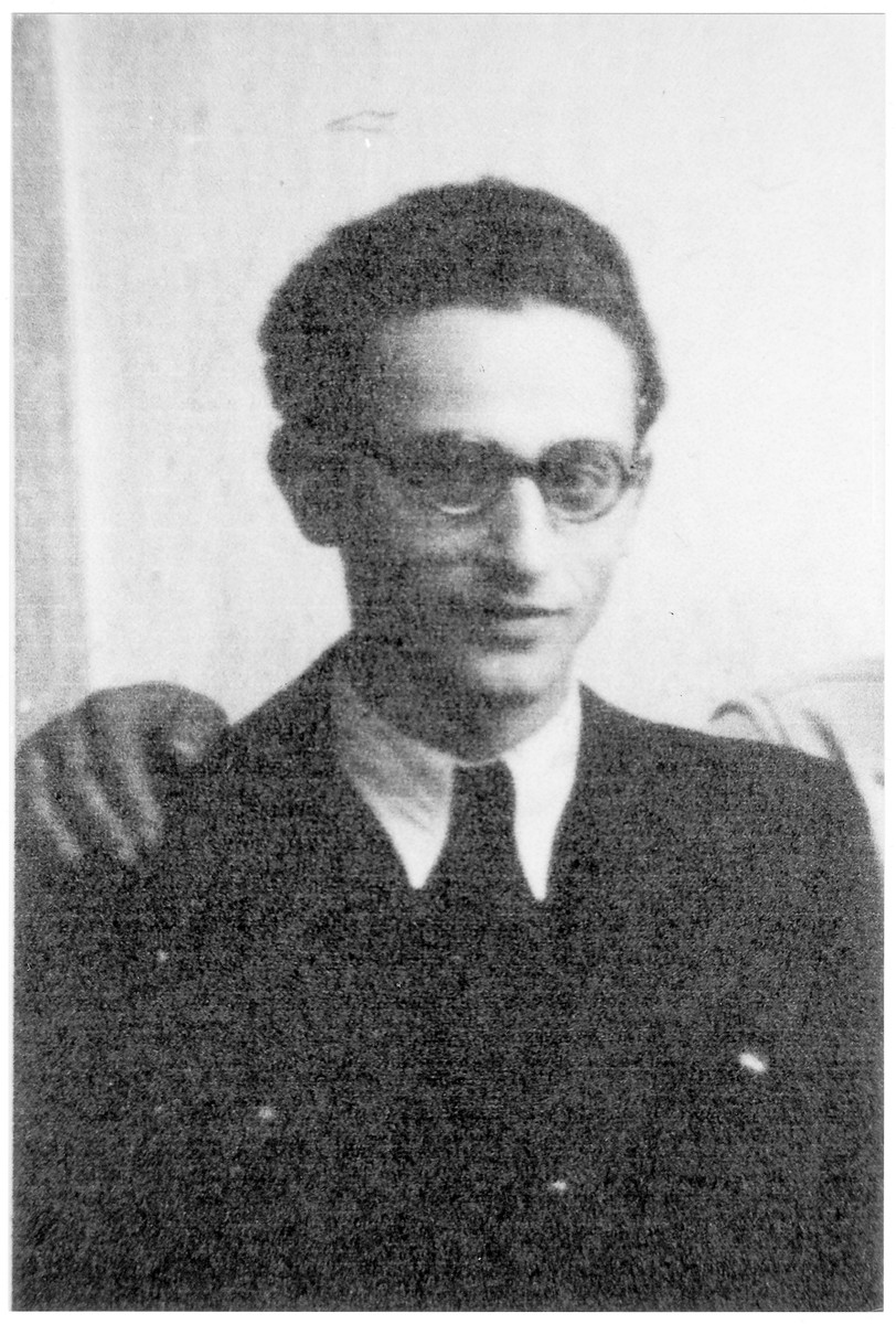 Portrait of Elemer (later Menachem) Klein, a member of the Hungarian Zionist youth resistance organization.