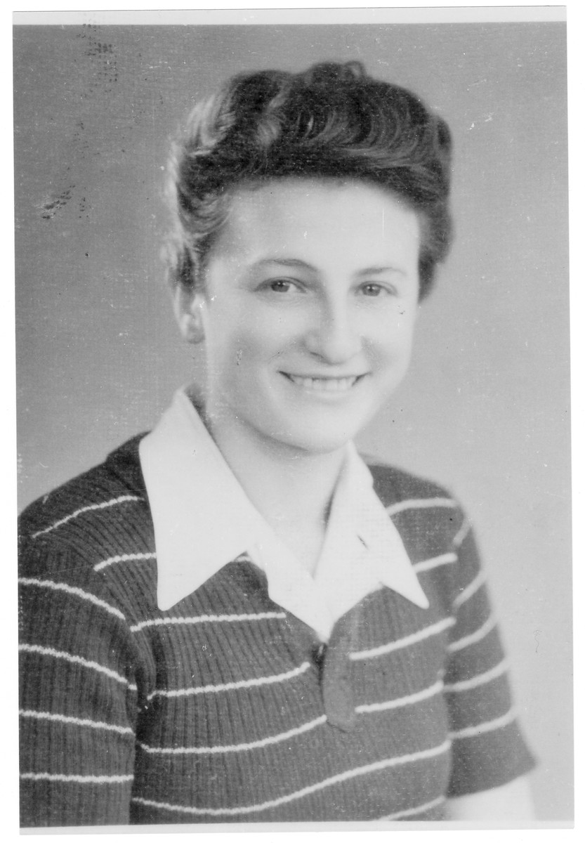 Portrait of Agnes Szandel (later Neshka Goldfarb), a member of the Hungarian Zionist youth resistance organization.