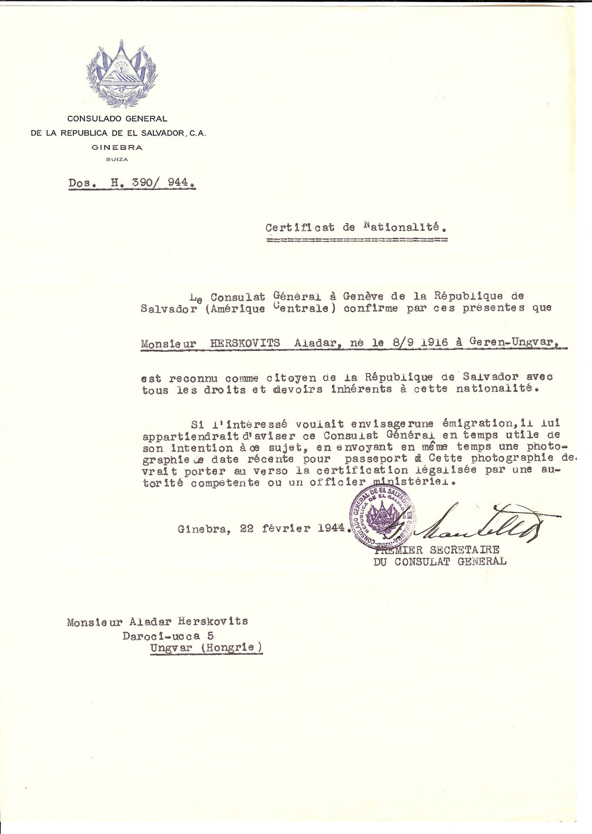 Unauthorized Salvadoran citizenship certificate issued to Aladar Herskovits (b. September 8, 1916 in Ungvar) by George Mandel-Mantello, First Secretary of the Salvadoran Consulate in Switzerland and sent to his residence in Ungvar.